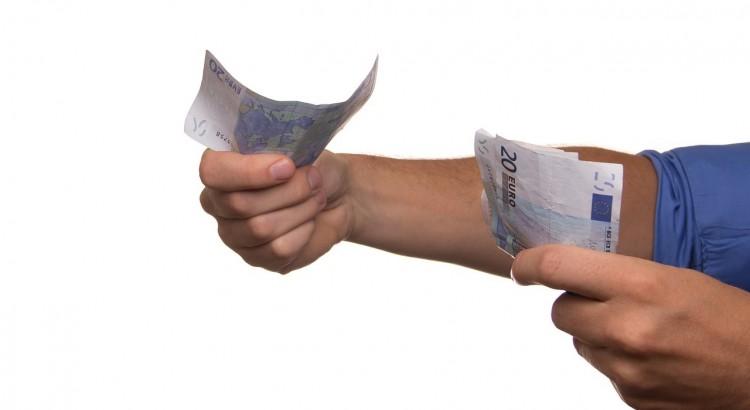 Complément de salaire, 100 euros de plus par mois